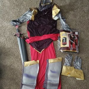 Brave Crusader Knights Costume with Sword